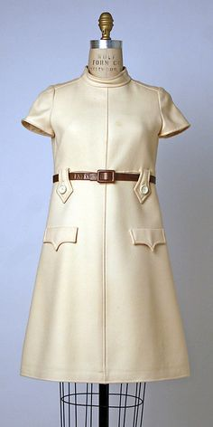 1967 André Courrèges ensemble, wool, leather.  Goes with coat.... THIS WAS THE FASION THE YEAR I WAS BORN!  UUGGHH.  I have always maintained that I was born in the wrong fasion time zone! =/