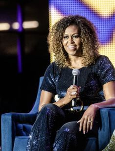 Gayle King interviewed former first lady Michelle Obama at the Essence Festival in New Orleans. Michelle said women need to prioritize themselves. Michelle Et Barack Obama, Michelle Obama Quotes, Essence Festival, Beautiful Evening Gowns, Natural Curls, Facon, Beautiful People, Beautiful Ladies