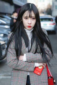 Lovelyz Jiae, Strawberry Hair, Fandom, Woollim Entertainment, Seolhyun, Kokoro, Blackpink Jennie, Fashion Lookbook, Kpop Girls