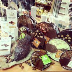 #anuga #Anuga2015 #germany #Cologne #exhibition #chocolates #chocoworld #chocolate #choco #confectionary #tasty #foodpics #fashionblogger #blogger #cocoabeans #cellpic #sweets by nata_natasza #haxenhaus #people #food