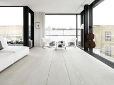 oh how i loooove white washed floors