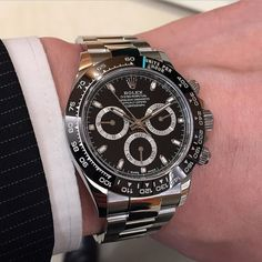 Or this? #Rolex #daytona #watchporn #watchanish #switzerland #basel2016 #luxurywatches #chrono #chronograph #hip #hipster #nyc #rolexero #rolexwrist #automatic #instawach #instarolex #rolexes #116500 #timepieces #timepiece #watches #watch #rolexcollector #watchnut #watchfam #celebritywatch #v8 #mercedes #paulnewman by watchswagg #rolex #submariner