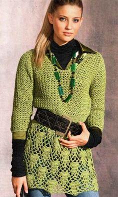 Túnica malha verde com padrão de crochet