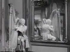 Harpo Marx playing classics - Just thought this was entertaining. Harpo Marx, Strange Music, Weird Music, Margaret Dumont, Joan Rivers, Youtube Stars, Piano Music, Man Humor, Classical Music