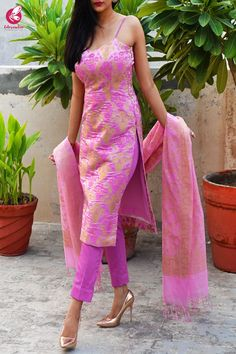 Pink Golden Crushed Brocade Padded Strappy Kurti with Pink Cotton Silk Pants and Pink Golden Chanderi Dupatta Silk Kurti Designs, Kurta Designs Women, Kurti Designs Party Wear, Long Kurta Designs, Party Wear Indian Dresses, Dress Indian Style, Indian Designer Outfits, Indian Outfits, Pink Suits Women