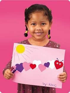 Valentine Caterpillar - for preschoolers/Kindergarten students, you could put a letter of their name on each heart and have them put the hearts in order to spell their name correctly #Artsandcrafts