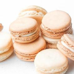 Classic French Macaron with Vanilla Buttercream Filling: Every bite of this sweet, classic french macaron with vanilla buttercream filling is melt-in-your-mouth goodness. | aheadofthyme.com