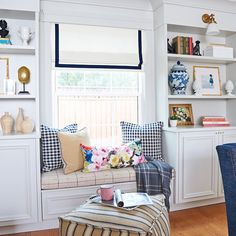 Window seat with built-ins