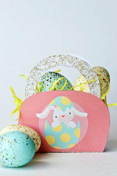 The Life of Jennifer Dawn: Free Printable Mini Easter Basket Printable Activities For Kids, Easter Printables, Free Printables, Easter Egg Crafts, Diy Easter Decorations, Easter Baskets, Dawn, Diy Crafts, Mini