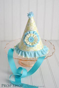 Party hat with yo-yo