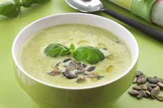 SUPPE 7: Lett, grønn aspargessuppe. FOTO: Svein Brimi