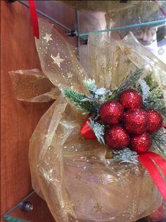 Ζαχαροπλαστείο Μελίνα Gift Wrapping, Gifts, Paper Wrapping, Presents, Wrapping Gifts, Favors, Gift Packaging, Gift, Present Wrapping