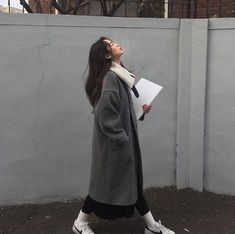 Modest Fashion Labels Image in asian collection by on We Heart It.Modest Fashion Labels Image in asian collection by on We Heart It Korean Fashion Trends, Korean Street Fashion, Korea Fashion, Asian Fashion, Look Fashion, Fashion Fall, Fashion Men, Classy Fashion, Party Fashion