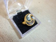 Beautiful Spiral 14k Black Mother-of-Pearl Ring Size 7