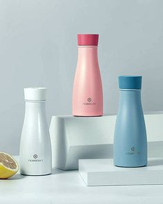 NOERDEN LIZ Self-Cleaning Smart Water Bottle features built-in sterilization systems that destroys of harmful viruses and odor-causing bacteria. Smart Water, Cool Inventions, Technology Gadgets, Carafe, Cool Gadgets, Cool Stuff, Stuff To Buy, Unique Gifts, Water Bottle