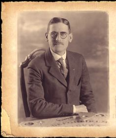 William Fuld was the original gamer and the creator of the Ouija Board. This is a great site all about him and his inventions.