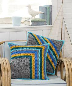 Striped Pillow Duo #crochet #redheartyarns #supersaver