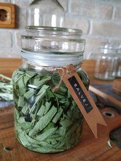 Health Advice, Alternative Medicine, Mason Jars, Herbs, Homemade, Vodka, Syrup, Alcohol, Home Made