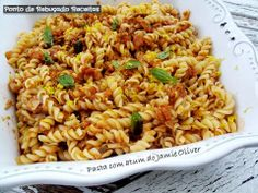 Pasta com atum do Jamie Oliver Jamie Oliver, Canned Tuna Recipes, Tuna Pasta, Fried Rice, Macaroni And Cheese, Cooking, Ethnic Recipes, Food, Grated Cheese