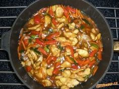 Kuřecí se zeleninou jako od číňanů China Food, Good Food, Yummy Food, Cooking Recipes, Healthy Recipes, Meat Chickens, Time To Eat, Food Design, How To Cook Chicken