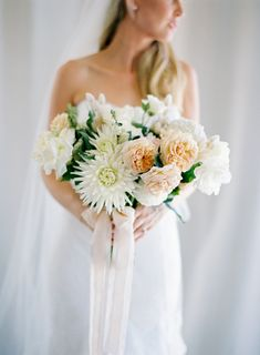 The very best in bouquets from 2015! Click through and find your favorite: http://www.stylemepretty.com/collection/3843/