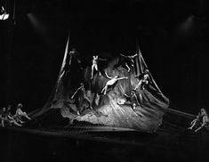 'Yerma', de Federico García Lorca. Escenografía de Fabià Puigserver. Dirección de Víctor García (Teatro de la Comedia, 1971).