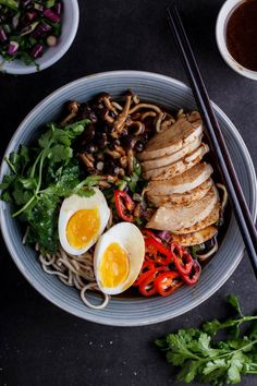 Roasted chicken ramen with shimeji mushrooms - Simply Delicious
