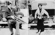 Clyde Barrow and Bonnie Parker from The Official Texas Ranger Hall of Fame and Museum in Waco Texas Bonnie Parker, Bonnie Clyde, Bonnie And Clyde Death, Bonnie And Clyde Photos, Warren Beatty, Bruce Springsteen, Texas Rangers, Serial Killers, Mug Shots
