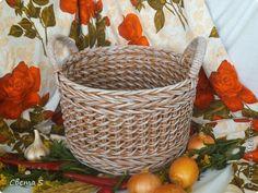 Мастер-класс Поделка изделие Плетение Корзины для овощей - Бумага газетная Трубочки бумажные фото 2