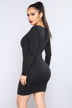 Available In Black Ribbed Dress Scoop Neck Zipper Front O Ring Detail Self: Polyester Spandex Contrast: Rayon Spandex Made in USA Sexy Outfits, Sexy Dresses, Fashion Outfits, Cute Fashion, Girl Fashion, Celebrity Style Casual, Designer Party Dresses, Beautiful Muslim Women, Work Dresses For Women