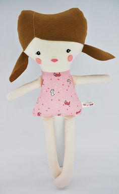 Anaïs la petite fille Hello Kitty, Creations, Chic, Fictional Characters, Art, Fabrics, Petite Fille, Red, Shabby Chic