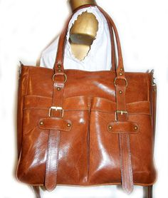 A beautiful bag that just needs to be two inches wider.
