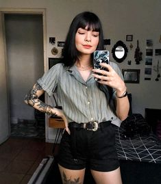 Mode Outfits, Retro Outfits, Vintage Outfits, Casual Outfits, Fashion Outfits, Womens Fashion, Soft Grunge Outfits, Cute Edgy Outfits, Hairstyles With Bangs