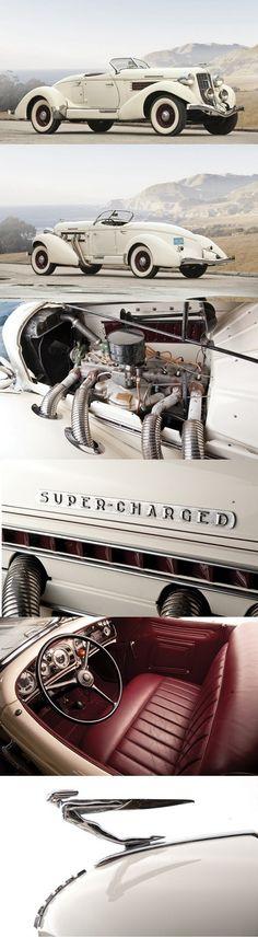 1935 Auburn 851 SC Boattail Speedster.