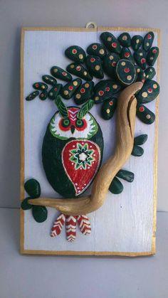 Handpainted Owl Pebble Art Stone Art pallet wood by StefArtStone