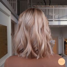 Strawberry Blonde Hair Color, Honey Blonde Hair, Blonde Hair Looks, Balayage Hair Blonde, Cheveux Beiges, Aesthetic Hair, Gorgeous Hair, Dyed Hair, Curly Hair Styles