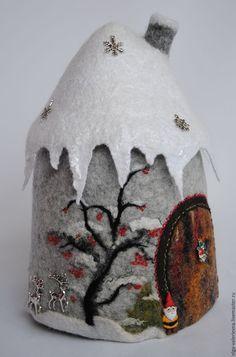 Купить Домик гномика Зима ( грелка для чайника). - серый, домик, домик для чайника