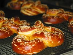 The Comfort of Cooking » Soft Pretzels