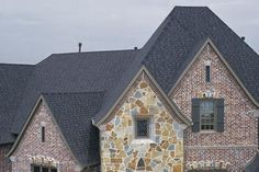 Best Heritage® Premium Heritage® In Black Walnut Roof 640 x 480