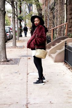 Faux Fur Outfit Ideas #winteroutfitideas #howtostyle #casual #fashion #fashionblog