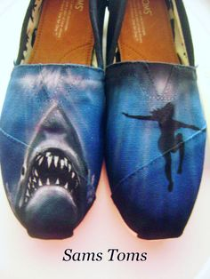 7a587265874ae 320 Best Hand Painted Shoes images in 2018   Hand painted shoes ...