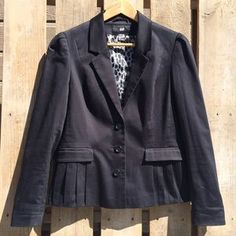 I just discovered this while shopping on Poshmark: H&M Sateen Blazer. Check it out!  Size: 14