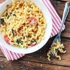 Creamy BLT Pasta littlebroken.com