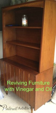 Have you ever found a piece of furniture that just needs a good cleaning? I found a great way to clean furniture with oil and vinegar. Cleaning Wood Furniture, How To Clean Furniture, Furniture Plans, Diy Furniture, Furniture Online, Furniture Outlet, Furniture Design, Deep Cleaning Tips, House Cleaning Tips