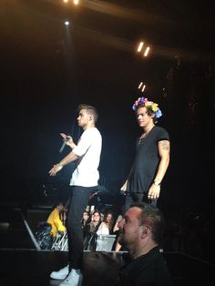 Liam & Harry on stage (28-6-13)