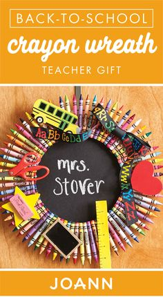 Back-to-school season is here. Try out a craft that's great for gifting to your kid's teacher with this DIY Crayon Wreath Teacher Gift from JOANN. With a fun classroom theme, this tutorial has teacher appreciation day written all over it! Teacher Crayon Wreath, Teacher Wreaths, School Wreaths, Classroom Wreath Diy, Crayon Wreaths, Door Wreaths, Diy Crayons, Crayon Crafts, Teacher Appreciation Gifts
