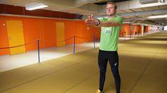 Hartioiden puutuminen juostessa johtuu yleensä yläkropan huonosta liikkuvuudesta. Liikkuvuutta voit parantaa hyvin juoksun ohessa suoritettavalla harjoitteella. Juokse noin 10-30 metrin pätkä liikutellen käsiä seuraavanlaisesti: Nosta kädet suorana pääsi yläpuolelle ja... Lue lisää