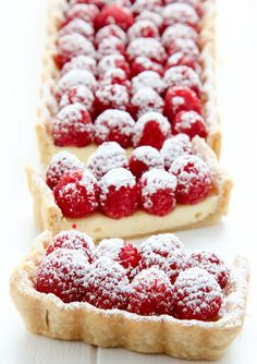 Cheesecake Tart with Fresh Strawberries