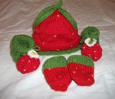 Strawberry Outdoor Set Baby Booties by HenniesNimbleneedles, via Etsy.