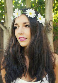 Daisy Chain Flower Crown/Garland Halo - Floral crown - Headband - Festival wear - boho hippie hipster - white daisy crown